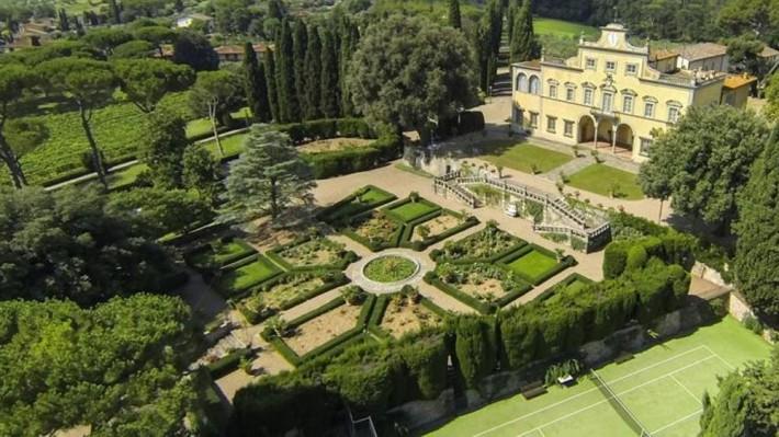 In vendita Villa Antinori, emblema di una storica etichetta di vino