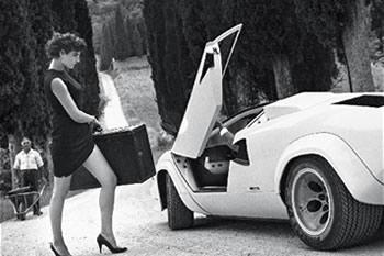 50 anni del Calendario Pirelli, gli scatti inediti di Newton in Toscana