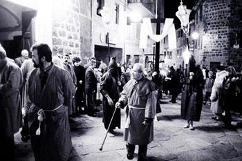 Pasqua in Toscana, Radicofani tra le processioni più belle d'Italia per Skyscanner